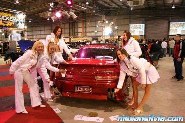 Getting pampered at the 2004 Autosalon