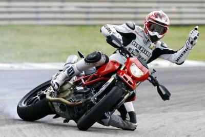 supermoto-drz-wheels-racing.jpeg