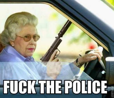 driving-funny-grandma-gun-police-Favim.com-447559.jpg